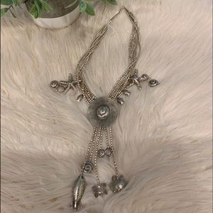 Jewelry - Silver detailed Necklace